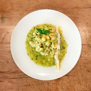 pasta con zucchine e menta